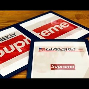 Supreme posters 2 and free gift 🎁